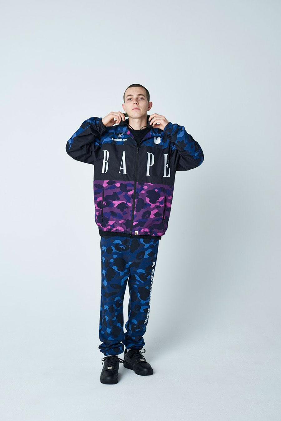潮牌 A BATHING APE® 发布 2020 最新秋冬男装搭配造型 Lookbook插图(9)
