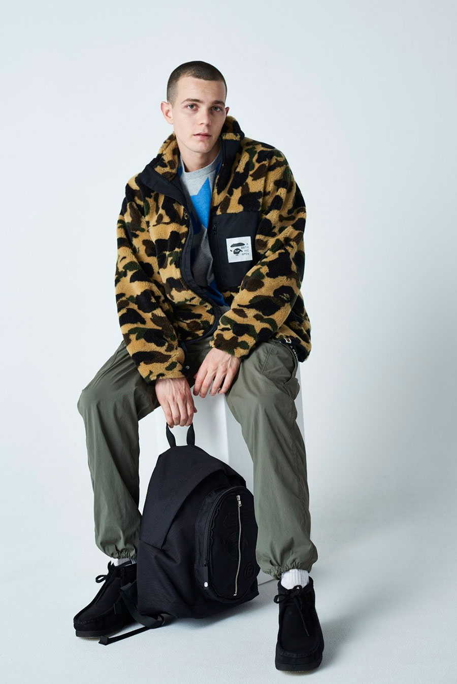 潮牌 A BATHING APE® 发布 2020 最新秋冬男装搭配造型 Lookbook插图(13)